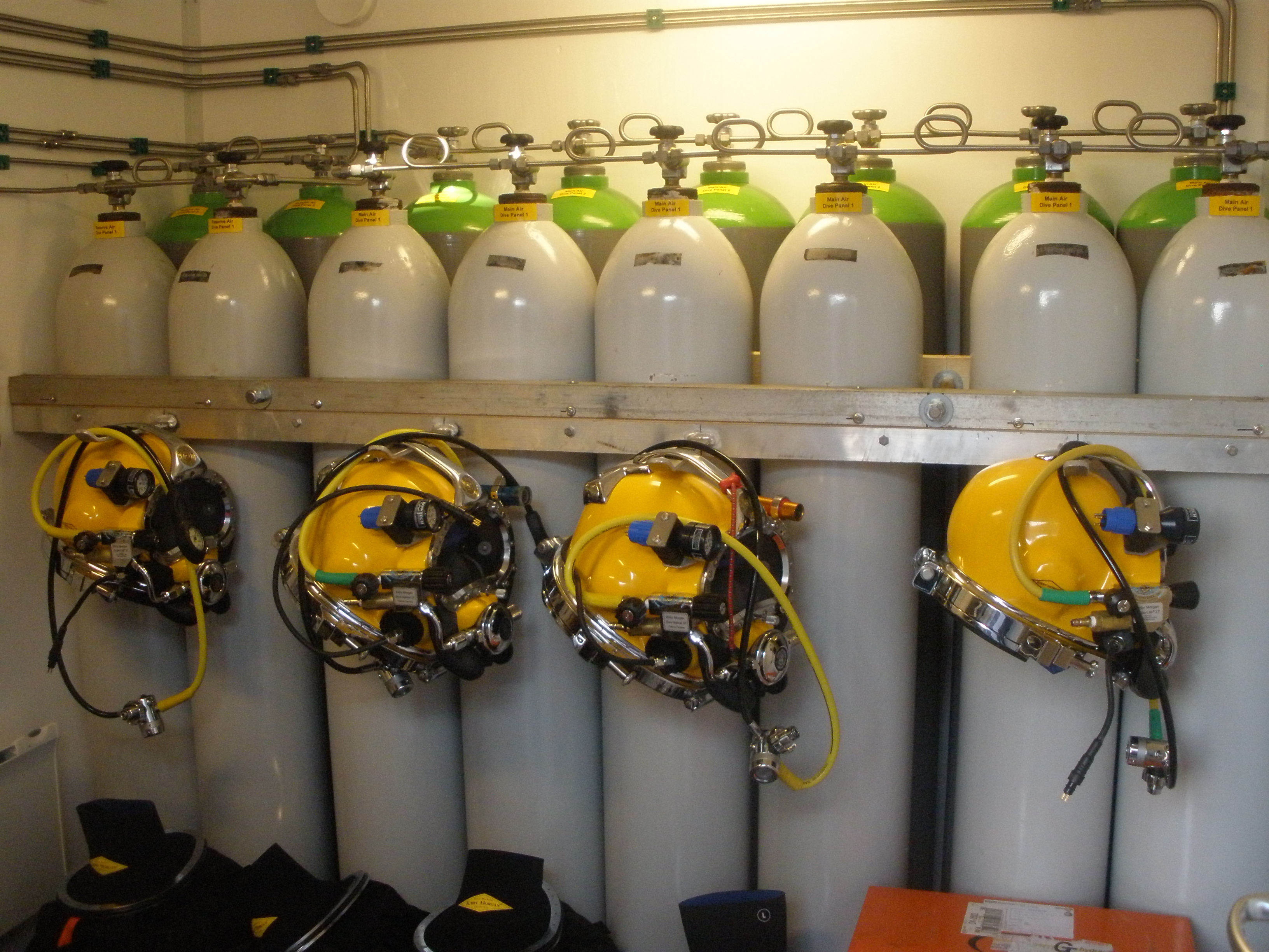BB Diving, equipment and services HSE-Q